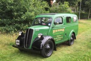 FORD COMMERCIAL VAN E83W 1955