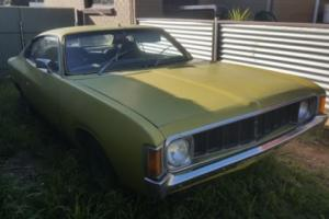 Valiant VJ Charger 265 ,4 speed, running , complete