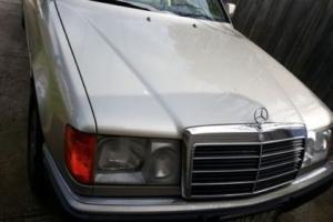 1990 Mercedes Benz 300CE C124