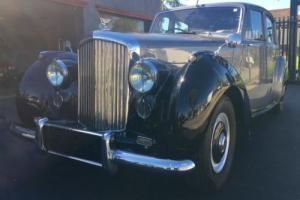 Bentley mark 6 - 1952 model black and silver sedan MK6 MKIV