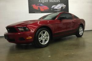 2012 Ford Mustang V6 CLEAN CARFAX