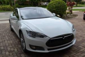 2014 Tesla Model S P85 4dr Liftback
