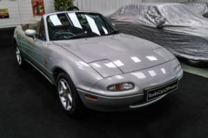 1991 Mazda MX5 1.6 UK specification 59'900 miles and in superb condition