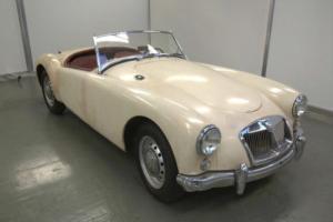 1958 SERIES 1 MGA 1500 LHD 33K MILES WHITE & RED TAX & MOT EXEMPT MANHATTAN AUTO Photo