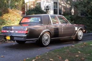 1984 Chrysler New Yorker