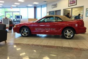 1994 Ford Mustang Photo