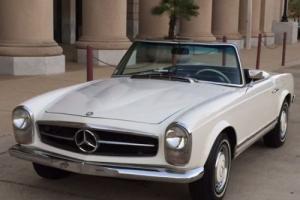 Mercedes 230SL Pagoda 1965