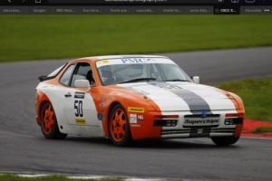 porsche 944 s2 race car / track day car Photo