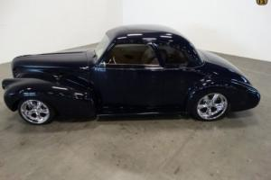 1940 Buick Business Coupe 5-Window Photo
