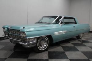 1964 Cadillac DeVille Coupe Photo