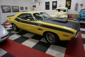 1970 Dodge Challenger T/A 340 Six Pak