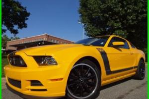 2013 Ford Mustang CLEAN CARFAX WE FINANCE TRADES WELCOME