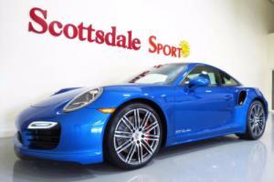 2015 Porsche 911 ONLY 8K MILES, PDK, PANO GLASS ROOF, PARK, STUNNIN