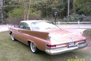 1961 Chrysler Newport Photo