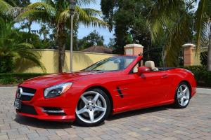 2013 Mercedes-Benz SL-Class 2dr Roadster SL550 W/P1 and Sport Wheel Packages