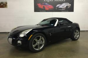 2006 Pontiac Solstice Convertible  Low miles CLEAN CARFAX