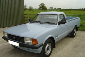 LOVELY FORD CORTINA P100 PICK UP TRUCK  Photo