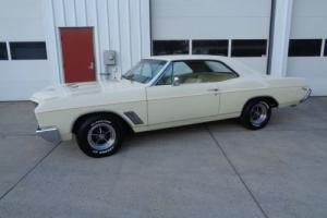 1967 Buick GS Photo