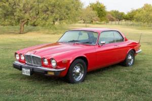 1976 Jaguar XJ6 Photo