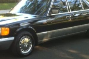 1988 Mercedes-Benz 500-Series RWD
