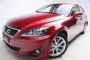 2011 Lexus IS Photo