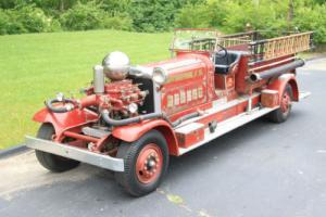 1933 Other Makes CT4 Triple Pumper Firetruck