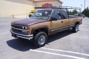 1988 CHEV SILVERADO WITH 2006 6.5 DURAMAX DIESEL 4 X 4 EXTENDED CAB 1 TON !!!!!!