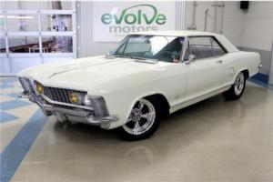 1963 Buick Riviera Photo