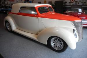 1937 Ford Other Cabriolet Photo