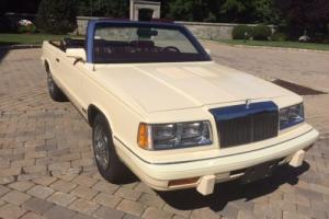1986 Chrysler LeBaron Photo