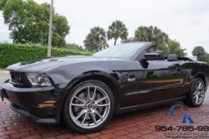 2011 Ford Mustang GT CONVERTIBLE 6SPD 1-OWNER CLEAN CARFAX LIKE NEW 19 WHEELS!!