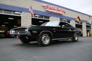 1970 Dodge Challenger R/T 440 6-Pack 1 of 1 Photo