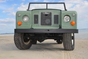 1967 Land Rover Defender Photo