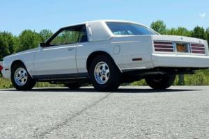 1983 Chrysler Cordoba Photo