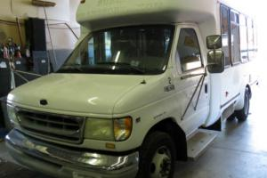 2002 Ford E-Series Van