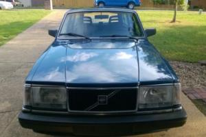 1989 Volvo 240 DL Photo