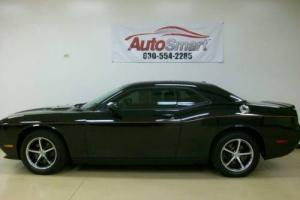 2010 Dodge Challenger SE 2dr Coupe Coupe 2-Door Automatic 5-Speed V6 3.5