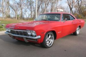 1965 Chevrolet Impala super sport