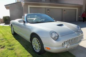 2005 Ford Thunderbird Photo
