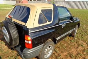 1999 Chevrolet Tracker SUV 2D