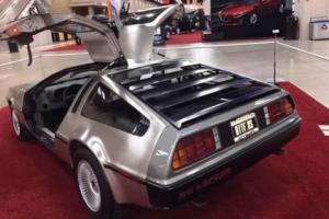 1983 DeLorean DMC 12 Photo