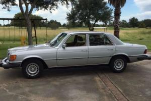1980 Mercedes-Benz 300-Series