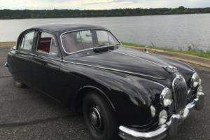1957 Jaguar MK1 - Similar to Austin Healey