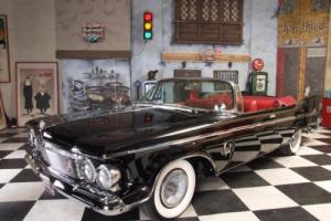1961 Chrysler Imperial Photo