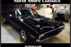 1970 Dodge Challenger -BLACK ON BLACK- 360 V8 AUTOMATIC -