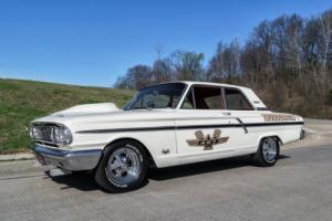 1964 Ford Fairlane Replica