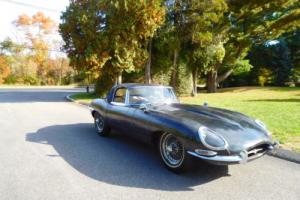 1963 Jaguar E-Type Photo