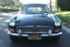 1968 MG MGB GT Photo