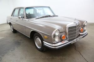 1972 Mercedes-Benz 200-Series