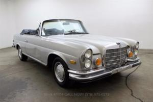 1970 Mercedes-Benz 200-Series